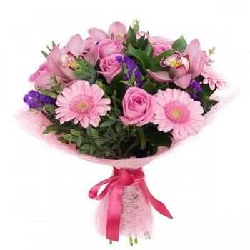 Μπουκέτο  σε Ροζ Αποχρώσεις με  Τριαντάφυλλα , Ζέρμπερες,Ορχιδέα και Πρασινάδες